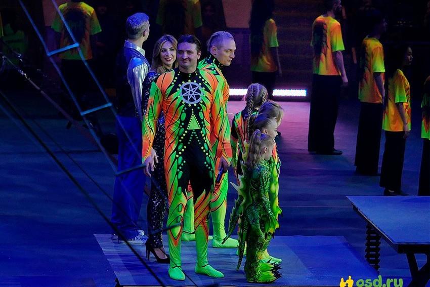 флуоресцентные ткани для костюмов, флуоресцентные футболки